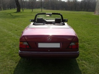 Mercedes-Benz W124 300 Cabrio