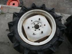 Felni vásár rossz gumikkal minden típusú Japán traktorra