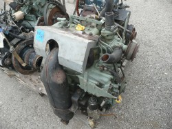 3 hengeres Yanmar diesel traktor motor
